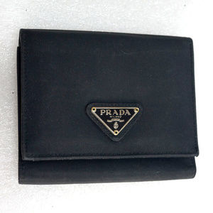 Auth PRADA Tessuto Saffiano Leather Trifold Wallet